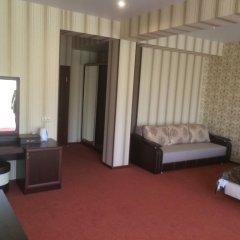 Гостиница Эвелин 3* Люкс с различными типами кроватей