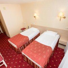 Амакс Премьер Отель Номер Бизнес 2 отдельные кровати фото 3