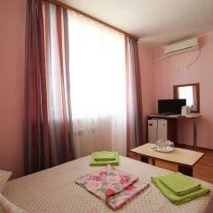 Гостиница Эдельвейс Стандартный семейный номер с двуспальной кроватью фото 2