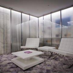 Seven Hotel Paris 4* Улучшенный люкс с различными типами кроватей фото 16
