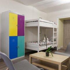 Woman Hostel Кровать в общем номере с двухъярусными кроватями фото 7