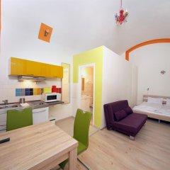 Отель Amber Gardenview Studios Студия с различными типами кроватей фото 11