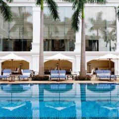 Отель Indochine Palace Вьетнам, Хюэ - отзывы, цены и фото номеров - забронировать отель Indochine Palace онлайн бассейн фото 2