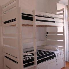 Surf in Chiado Hostel Кровать в женском общем номере с двухъярусной кроватью фото 4