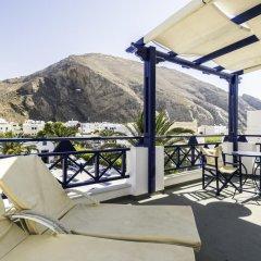 Отель Anezina Villas Греция, Остров Санторини - отзывы, цены и фото номеров - забронировать отель Anezina Villas онлайн балкон