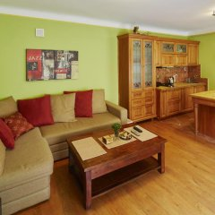 Гостиница LvivHouse - Rynok Square appartment комната для гостей фото 4