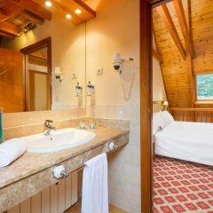 Отель Tryp Vielha Baqueira Улучшенный номер разные типы кроватей фото 5