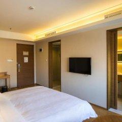 JI Hotel Shanghai Hongqiao West Zhongshan Road сейф в номере