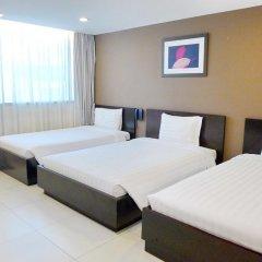 Minh Khang Hotel 3* Номер Делюкс с различными типами кроватей фото 2