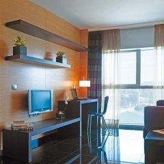 Отель Hesperia Fira Suites 5* Стандартный номер с различными типами кроватей фото 3