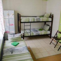 Хостел Trinity & Tours Кровать в женском общем номере фото 17