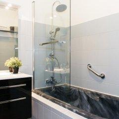 Отель Marais Family Appartment Париж ванная фото 2