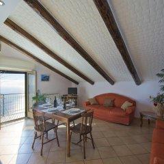 Отель Il Dolce Tramonto Италия, Аджерола - отзывы, цены и фото номеров - забронировать отель Il Dolce Tramonto онлайн комната для гостей фото 5