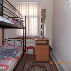 Гостиница Star House Osobnyak Номер с общей ванной комнатой с различными типами кроватей (общая ванная комната)