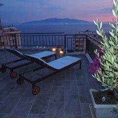 Отель Summer Dream Penthouse Албания, Саранда - отзывы, цены и фото номеров - забронировать отель Summer Dream Penthouse онлайн бассейн фото 3