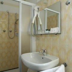 Отель Albergo Basilea 3* Стандартный номер фото 15