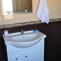 Отель Исака 3* Номер Комфорт с двуспальной кроватью фото 6