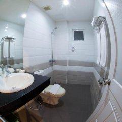 Nailons Hotel ванная