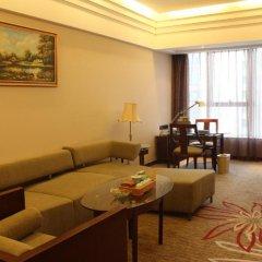 Отель Grand Skylight Garden Hotel Shenzhen Tianmian City Building Китай, Шэньчжэнь - отзывы, цены и фото номеров - забронировать отель Grand Skylight Garden Hotel Shenzhen Tianmian City Building онлайн комната для гостей фото 4