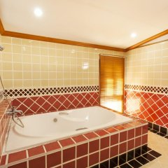Отель Sirinthara Вилла с различными типами кроватей фото 7