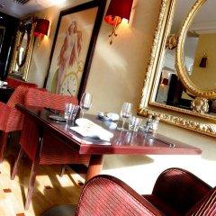 Отель Hôtel Aston La Scala развлечения