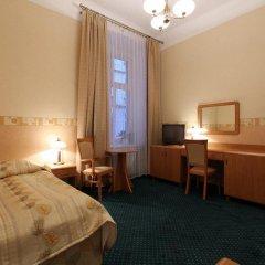 Hotel Savoy 2* Стандартный номер с различными типами кроватей фото 5