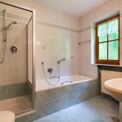 Отель Garni Bergland Рачинес-Ратскингс ванная