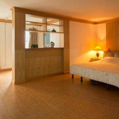 Отель Golden House @ Silom 2* Улучшенный номер фото 6