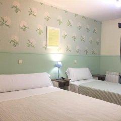 Отель Hostal La Vera Стандартный номер с различными типами кроватей