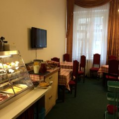 Отель Brezina Pension питание фото 3