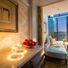 Отель Hangzhou Hua Chen International 4* Улучшенный номер с различными типами кроватей фото 8