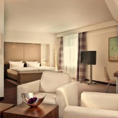 Estrel Hotel Berlin 4* Стандартный номер с двуспальной кроватью фото 5