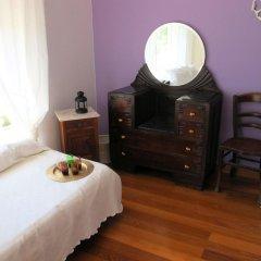 Хостел Ericeira Chill Hill Hostel & Private Rooms Стандартный номер с двуспальной кроватью (общая ванная комната) фото 17