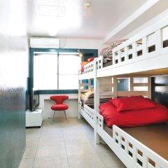 Отель Khaosan Tokyo Laboratory Кровать в женском общем номере фото 3