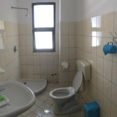 Отель Enera Албания, Голем - отзывы, цены и фото номеров - забронировать отель Enera онлайн ванная