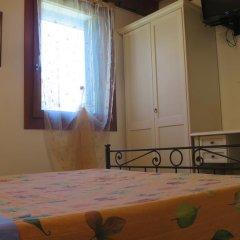 Отель Agriturismo L'Albara Италия, Лимена - отзывы, цены и фото номеров - забронировать отель Agriturismo L'Albara онлайн комната для гостей фото 3