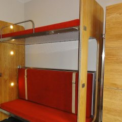 Train Hostel Кровать в общем номере с двухъярусной кроватью фото 4