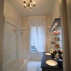 Отель Suite Edouard Herriot Франция, Лион - отзывы, цены и фото номеров - забронировать отель Suite Edouard Herriot онлайн ванная