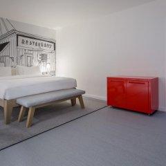 Отель Radisson RED Brussels 4* Стандартный номер с различными типами кроватей фото 4