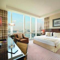 Гостиница Crowne Plaza Moscow World Trade Centre 5* Клубный номер с двуспальной кроватью фото 2