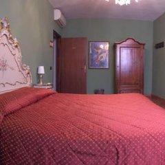 Hotel Pensione Guerrato Стандартный номер с двуспальной кроватью (общая ванная комната) фото 13