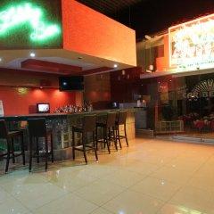 Отель Plaza Caribe Мексика, Канкун - отзывы, цены и фото номеров - забронировать отель Plaza Caribe онлайн гостиничный бар фото 2