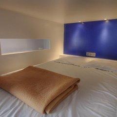 Hostel Lybeer Bruges Кровать в общем номере с двухъярусной кроватью