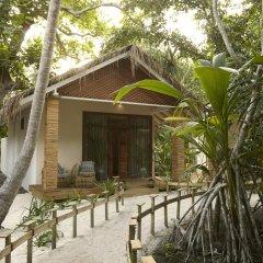 Отель Kudafushi Resort and Spa вид на фасад