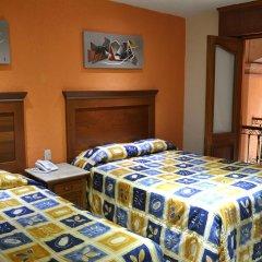 Отель Santiago De Compostela Hotel Мексика, Гвадалахара - отзывы, цены и фото номеров - забронировать отель Santiago De Compostela Hotel онлайн комната для гостей