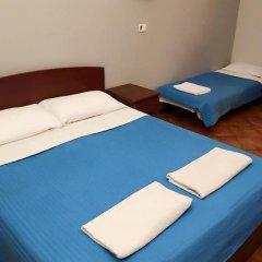 Отель Overseas Guest House Стандартный номер с различными типами кроватей (общая ванная комната) фото 10
