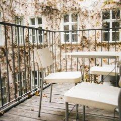 Отель Living Vienna City Center Австрия, Вена - отзывы, цены и фото номеров - забронировать отель Living Vienna City Center онлайн балкон