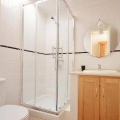 Отель Lisbon Story Guesthouse 3* Улучшенный номер с различными типами кроватей фото 6