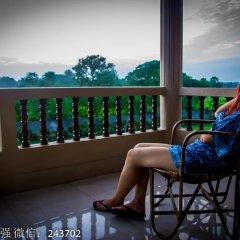 Отель Chitwan Forest Resort Непал, Саураха - отзывы, цены и фото номеров - забронировать отель Chitwan Forest Resort онлайн балкон