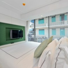 Отель Riva Arun Bangkok 4* Улучшенный номер с различными типами кроватей фото 2